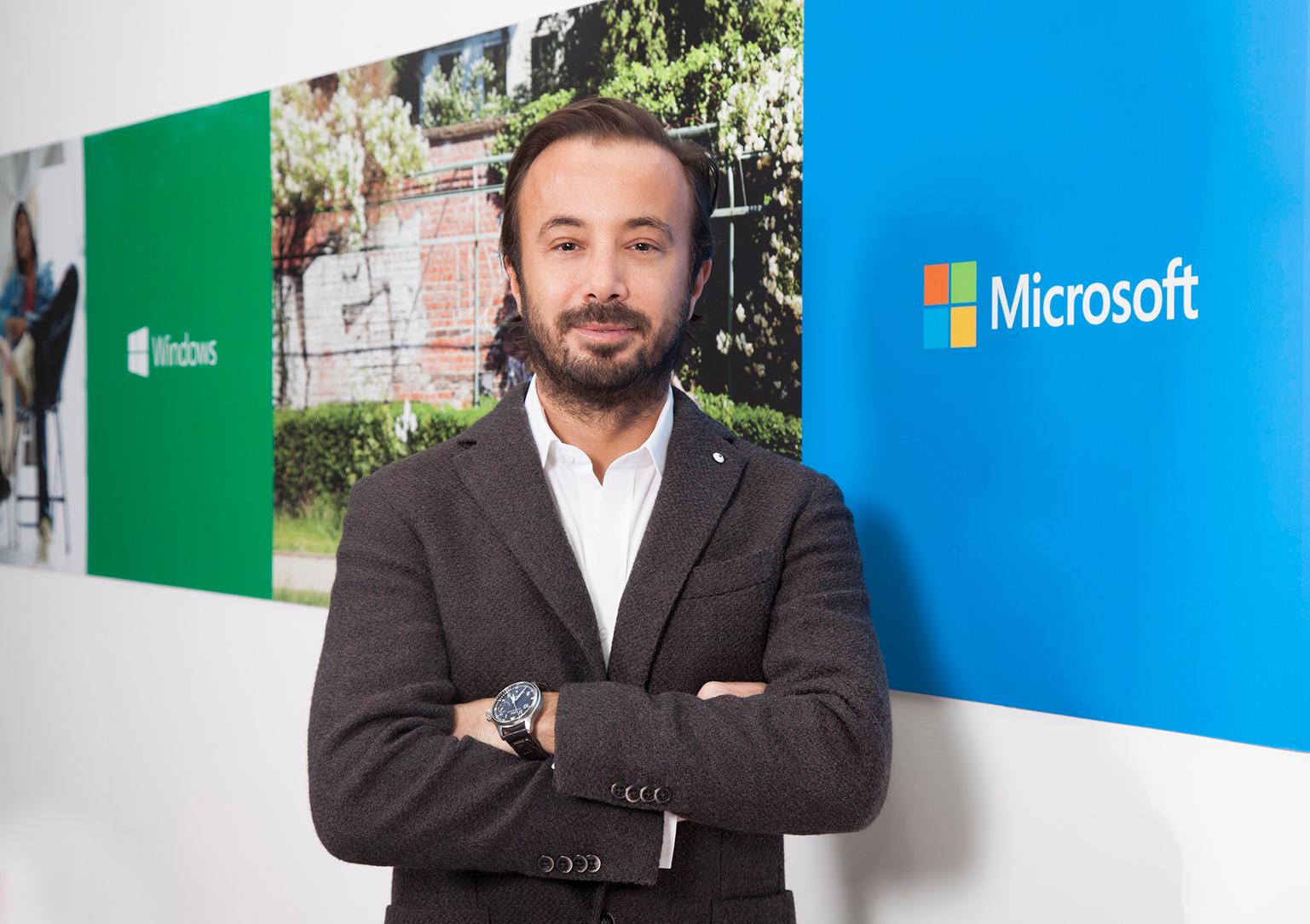 """Microsoft'ta """"Oyuncu"""" Değişikliği!"""