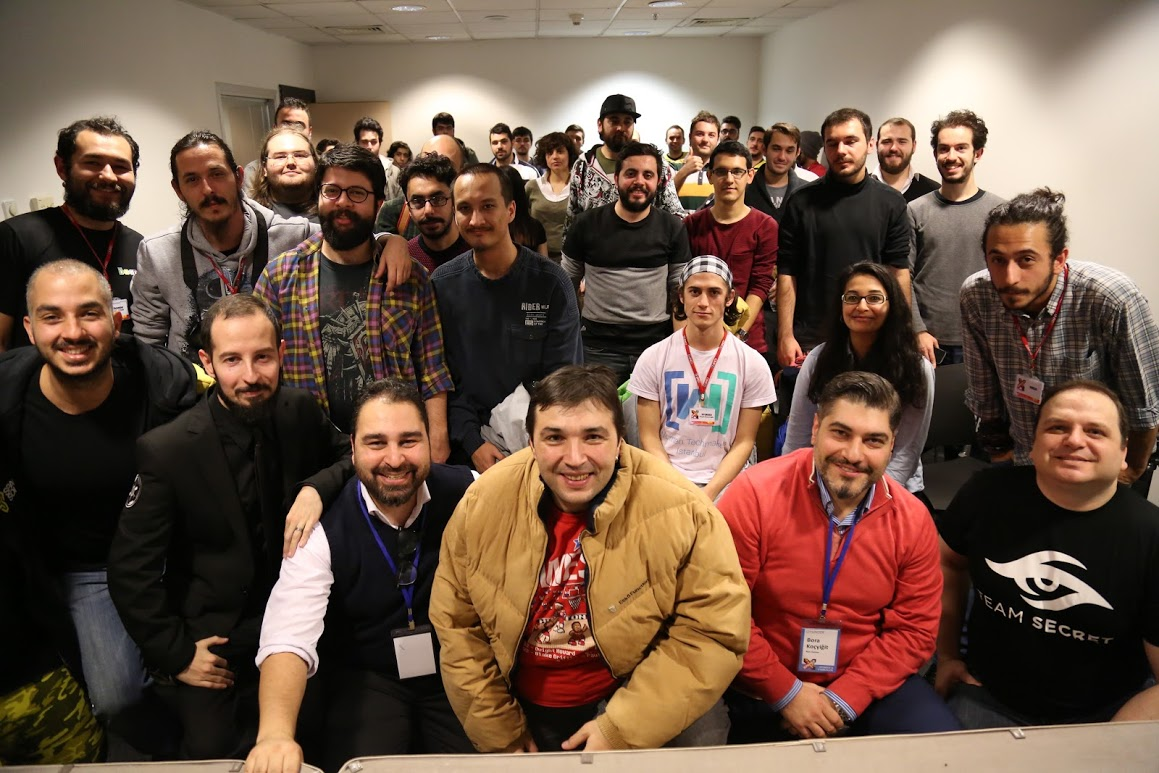 Oyunder / GameX 2015 etkinliklerinde Türk oyun sektörü her açıdan tartışıldı